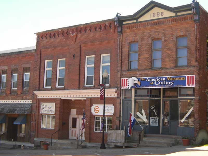 American Cutlery Museum and other storefronts in Cattaraugus, NY
